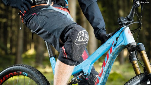 Best Knee Pads For Mountain Biking