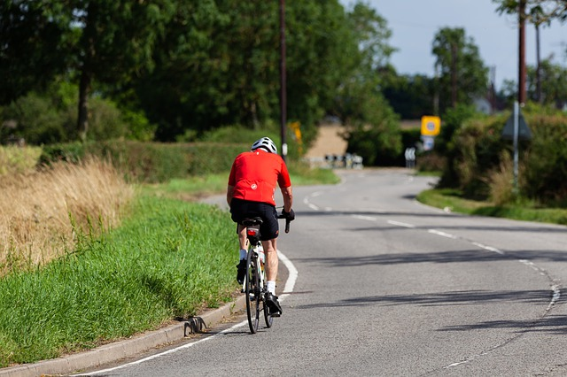 Can You Cycle On a Dual Carriageway?